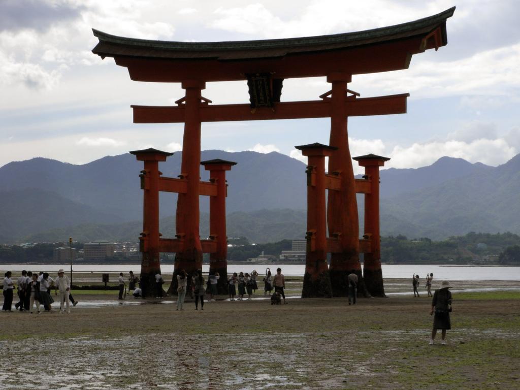 Torii vom Itsukushima-Schrein