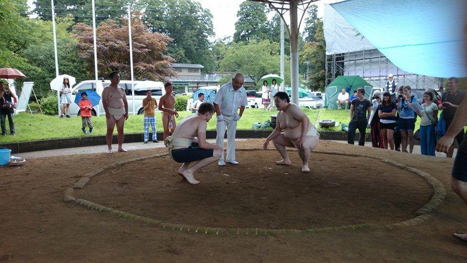 Ich beim Sumo in Oshu