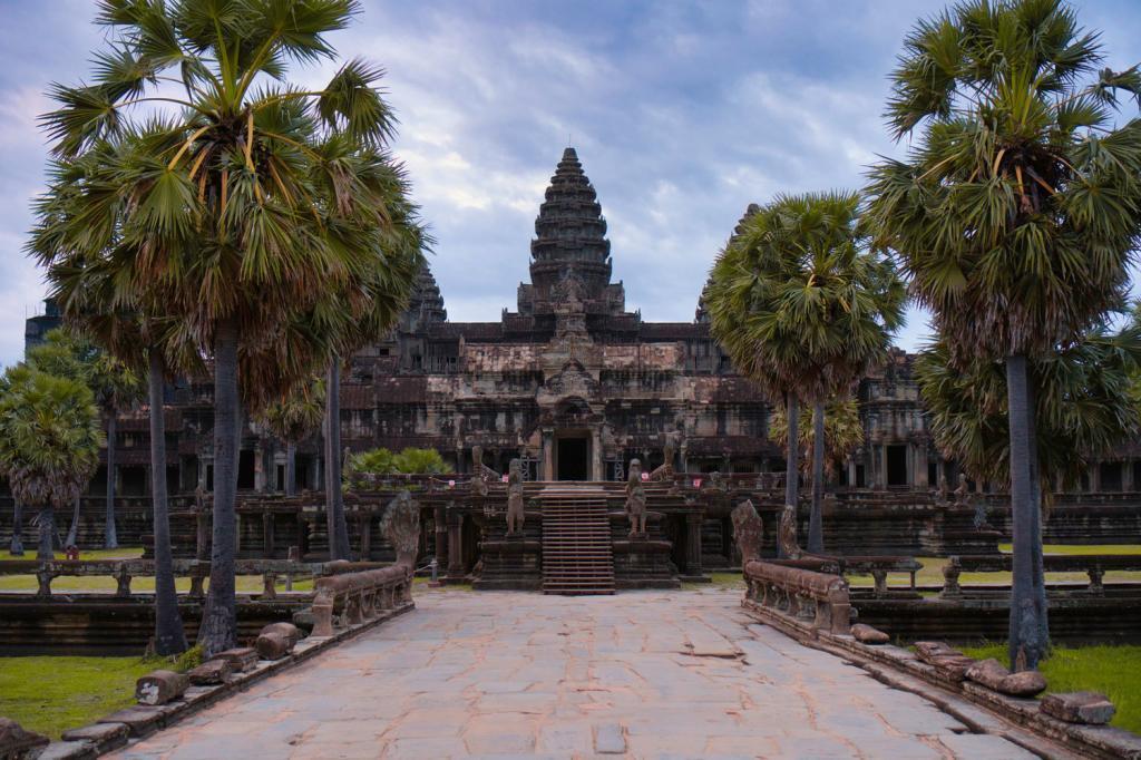 Weg zu Angkor Wat in Kambodscha