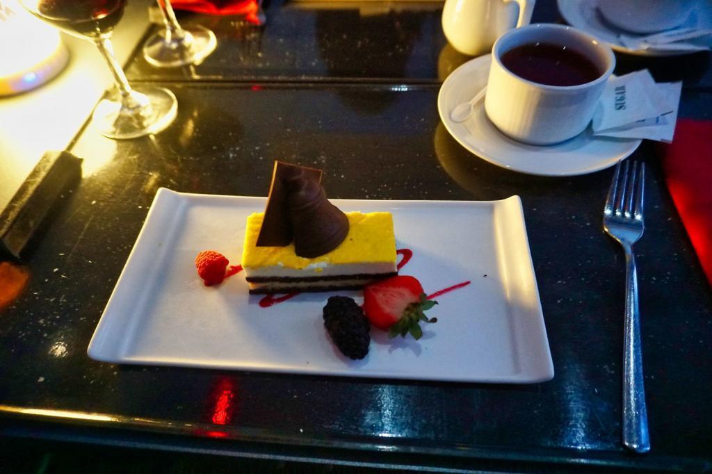Dessert beim Sky Dining in Singapur
