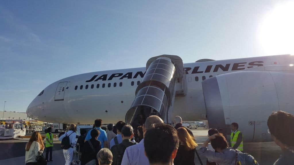 Flugzeug nach Tokio von Japan Airlines JAL