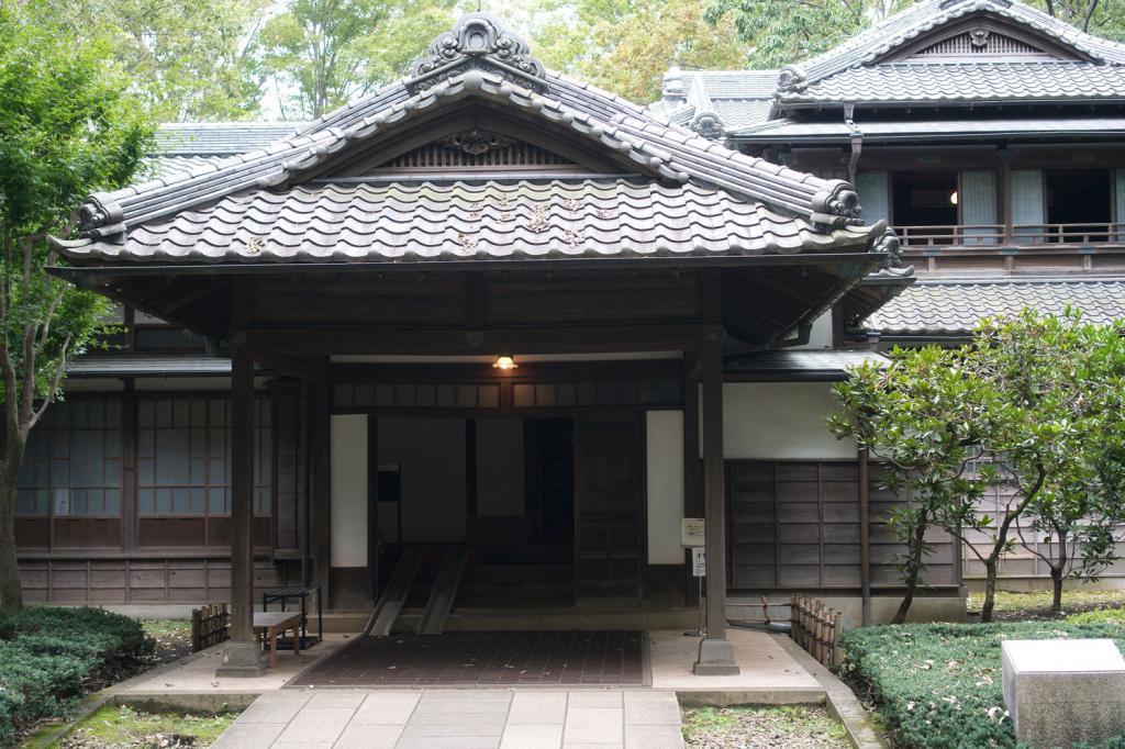 Traditionelles japanisches Haus von Korekiyo Takahashi.