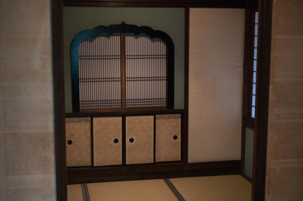 Ein Japanischer Innenraum mit Tatami-Matten.