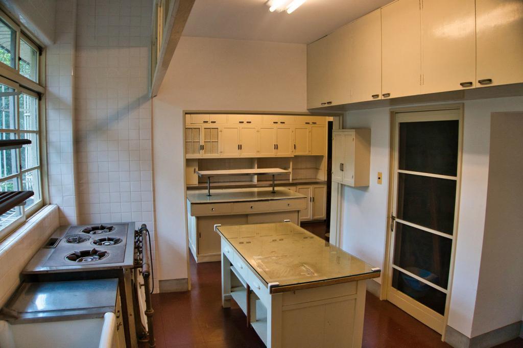 Alte japanische Kücheneinrichtung.