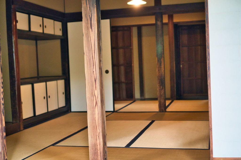 Traditioneller japanischer Raum mit Tatami Matten.