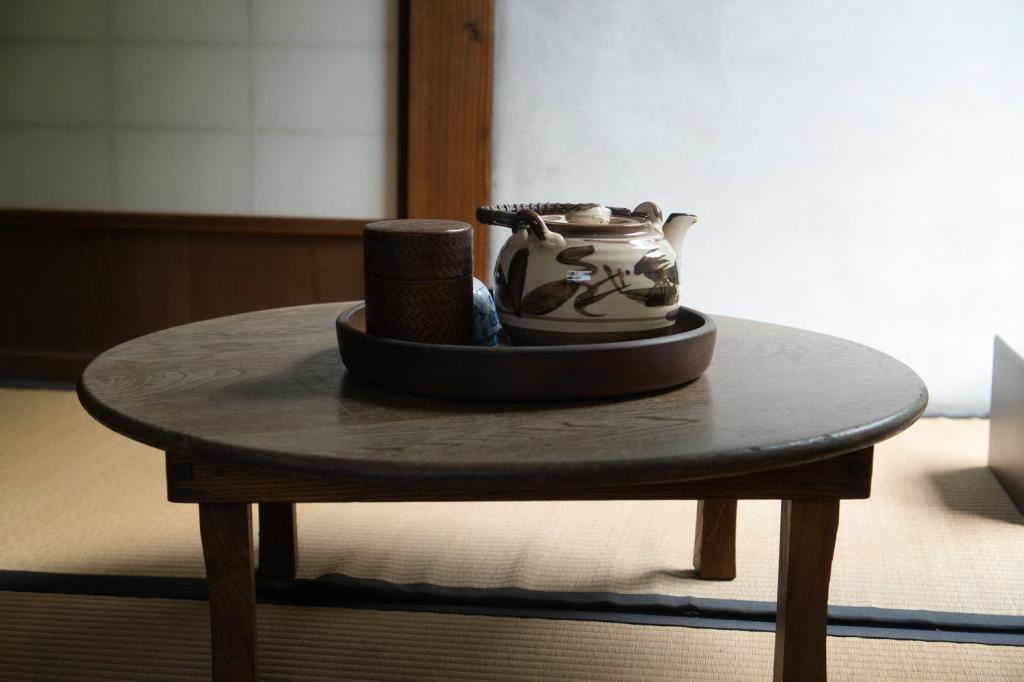 Traditioneller japanischer Teetisch.