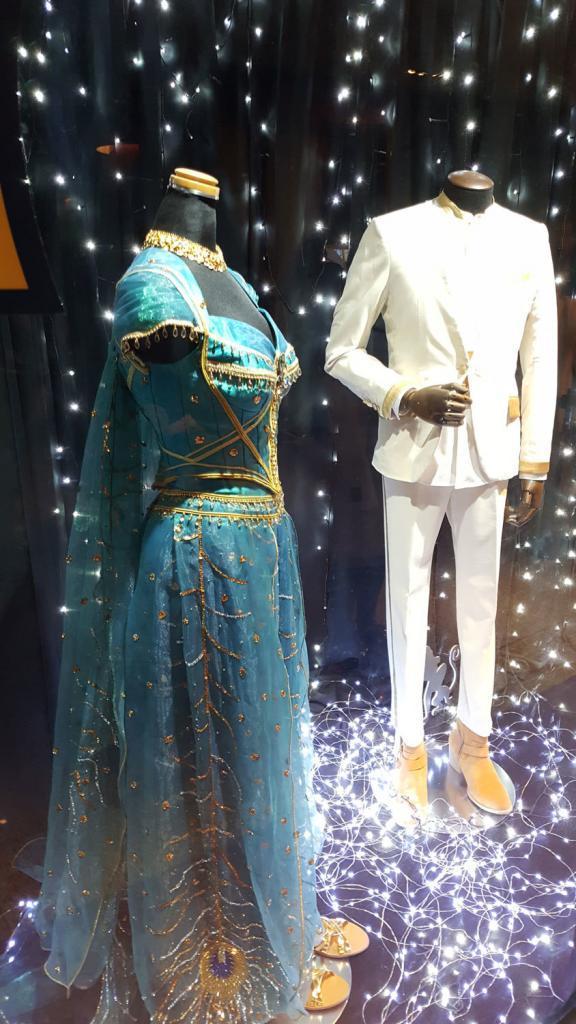 Die Kostüme von Aladin und Prinzessin Jasmin im Caretta Shiodome.