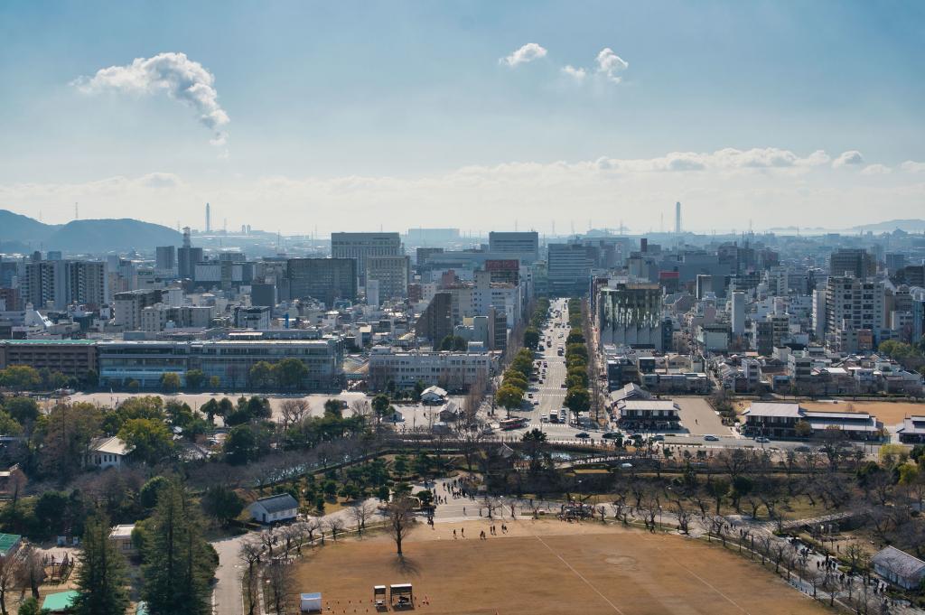 Die Aussicht aus der Burg Himeji, mit einem schönen Ausblick über die ganze Stadt.