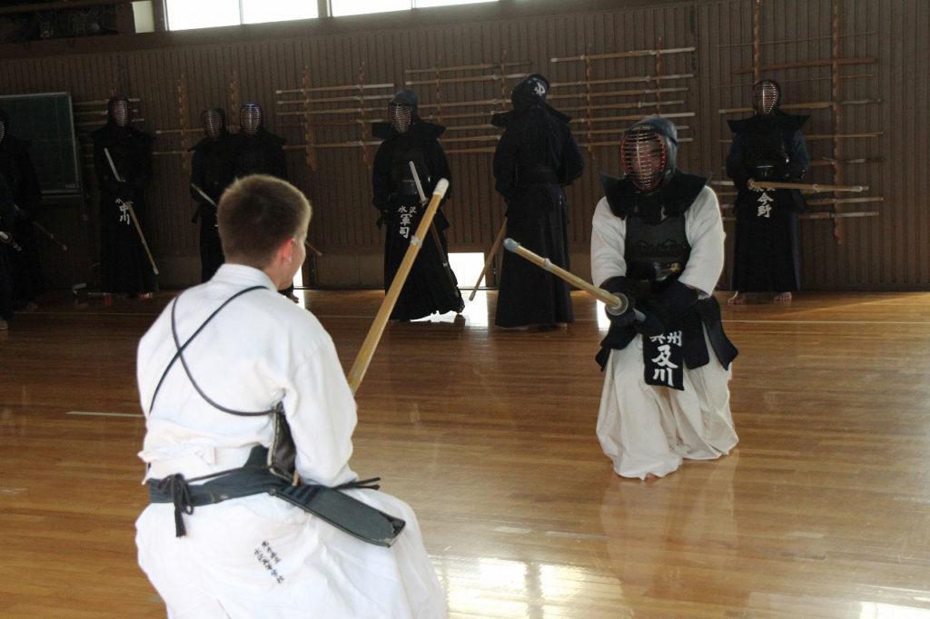 Mein erstes Mal beim Kendo in einem Dojo in Japan.
