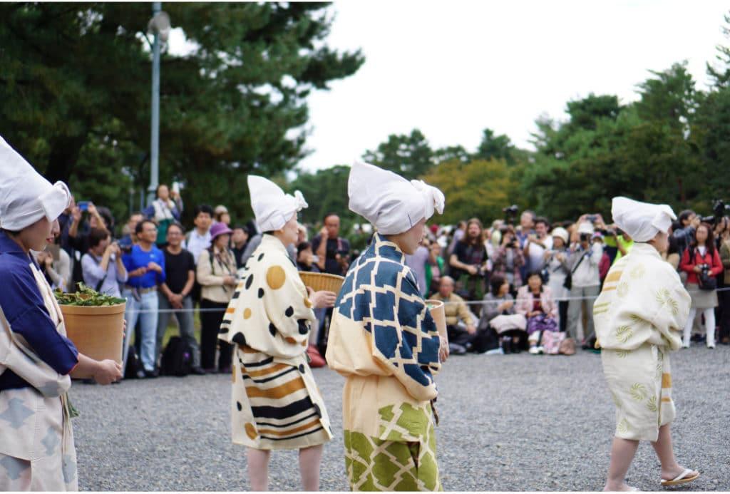 Kleidung während der Kamakura-Zeit auf dem Jidai-Matsuri in Kyoto.